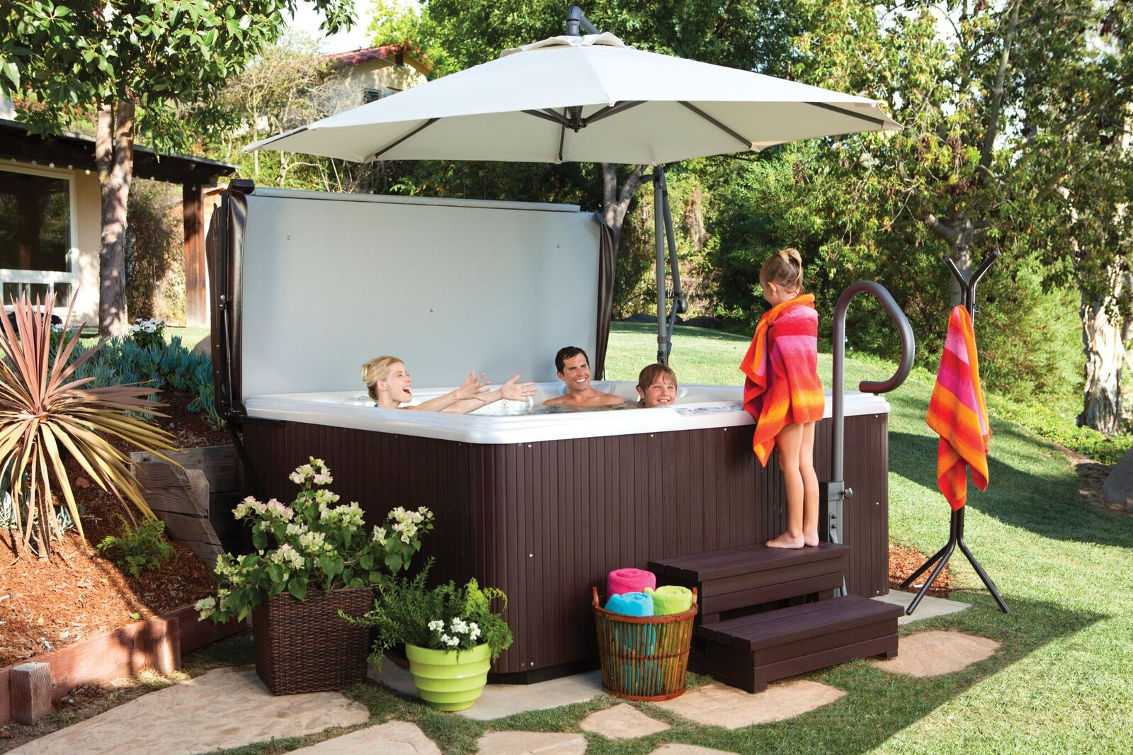 Hot Tubs: A Great Investment for Families with Kids - Backyard Oasis